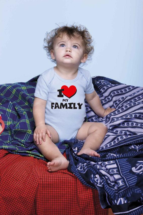 babybody bedruckt mit i love my familiy. Black Bedroom Furniture Sets. Home Design Ideas